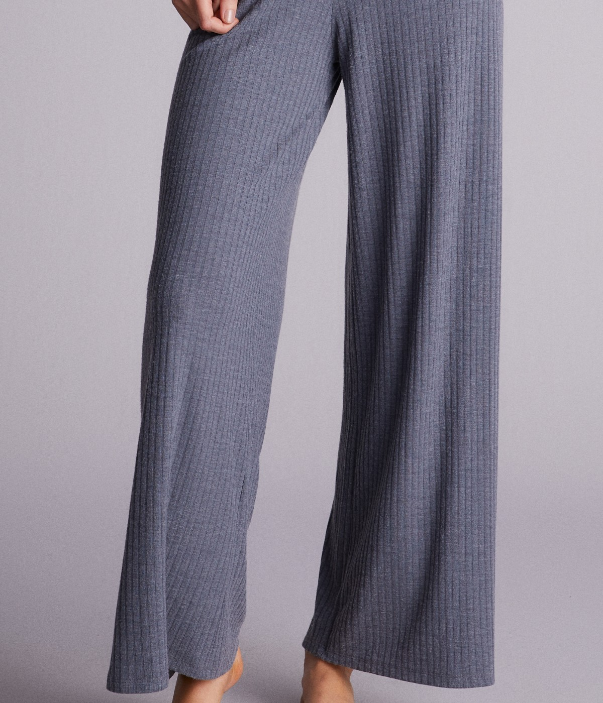 Dark Lily Pants