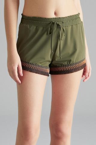 Trim Detail Short