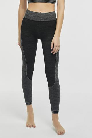 STRIPED SEAMLESS LEGGING