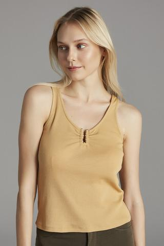 BUCKLE DETAILED CAMI