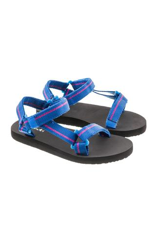 Tracking Sandals