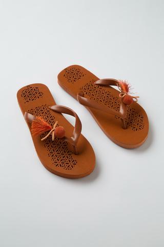 Papuci Pompom