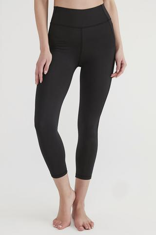 Colanti High Rise Stretchy Crop