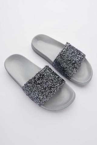 Papuci Raffia