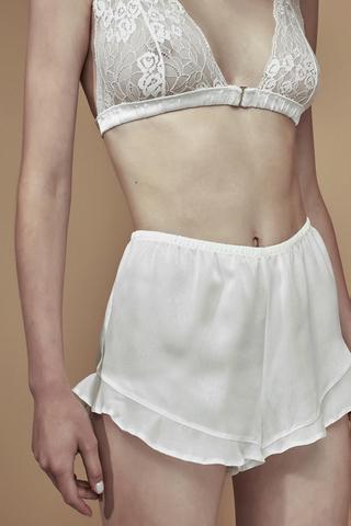 Bridal Elegance Satin Pantaloni Scurți